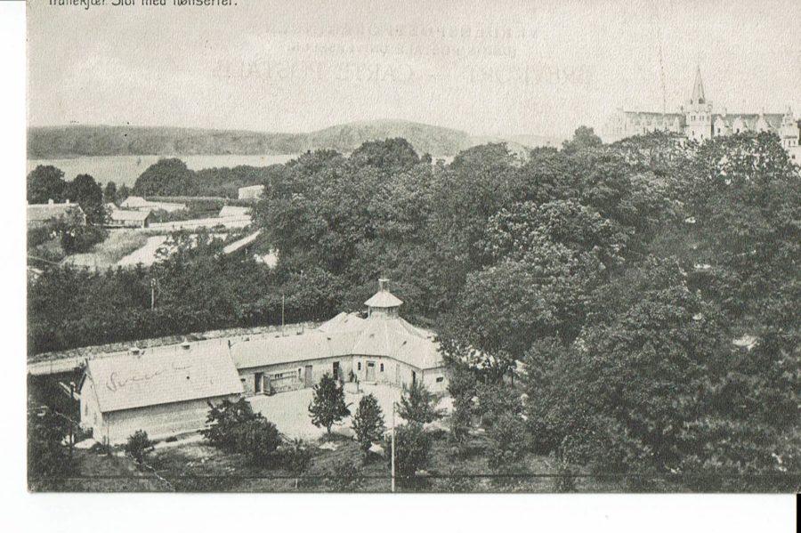 Tranekær Slot m. hønseri 1913, 1